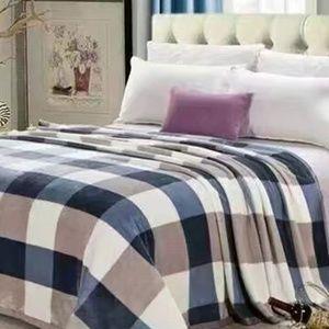 Other - Soft plush Fleece Full&Queen Blanket Navy NEW